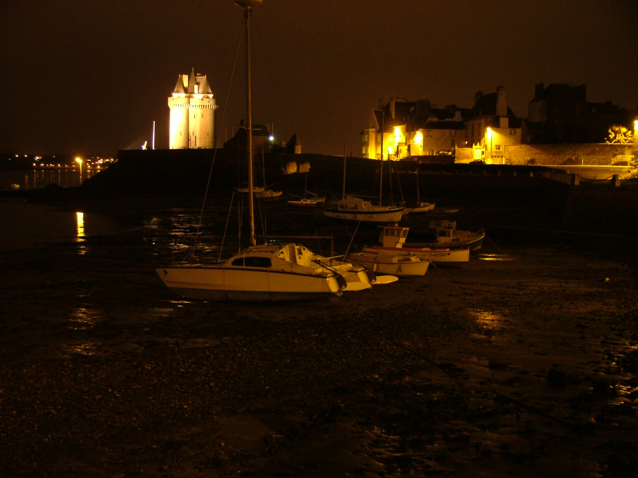 Solidor by night